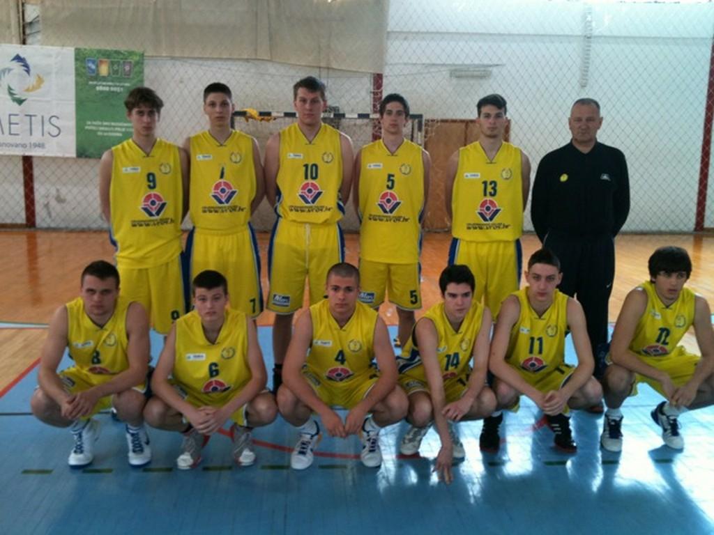 2012 KK VROS Darda juniori